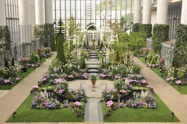 2021年4月上旬~6月上旬に淡路島 奇跡の星の植物館&屋外ローズガーデンにて「淡路夢舞台薔薇祭2021」が開催